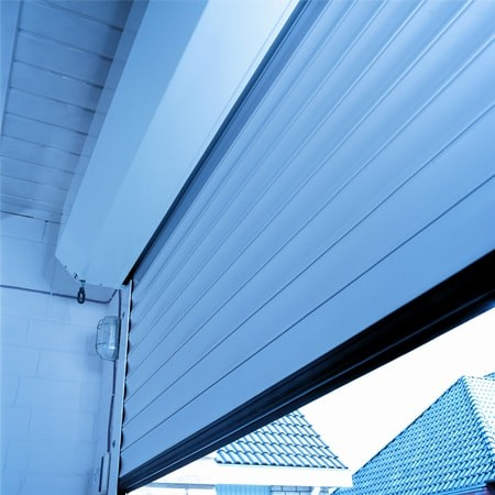1520352240rolling-insulated-garage-doors-min